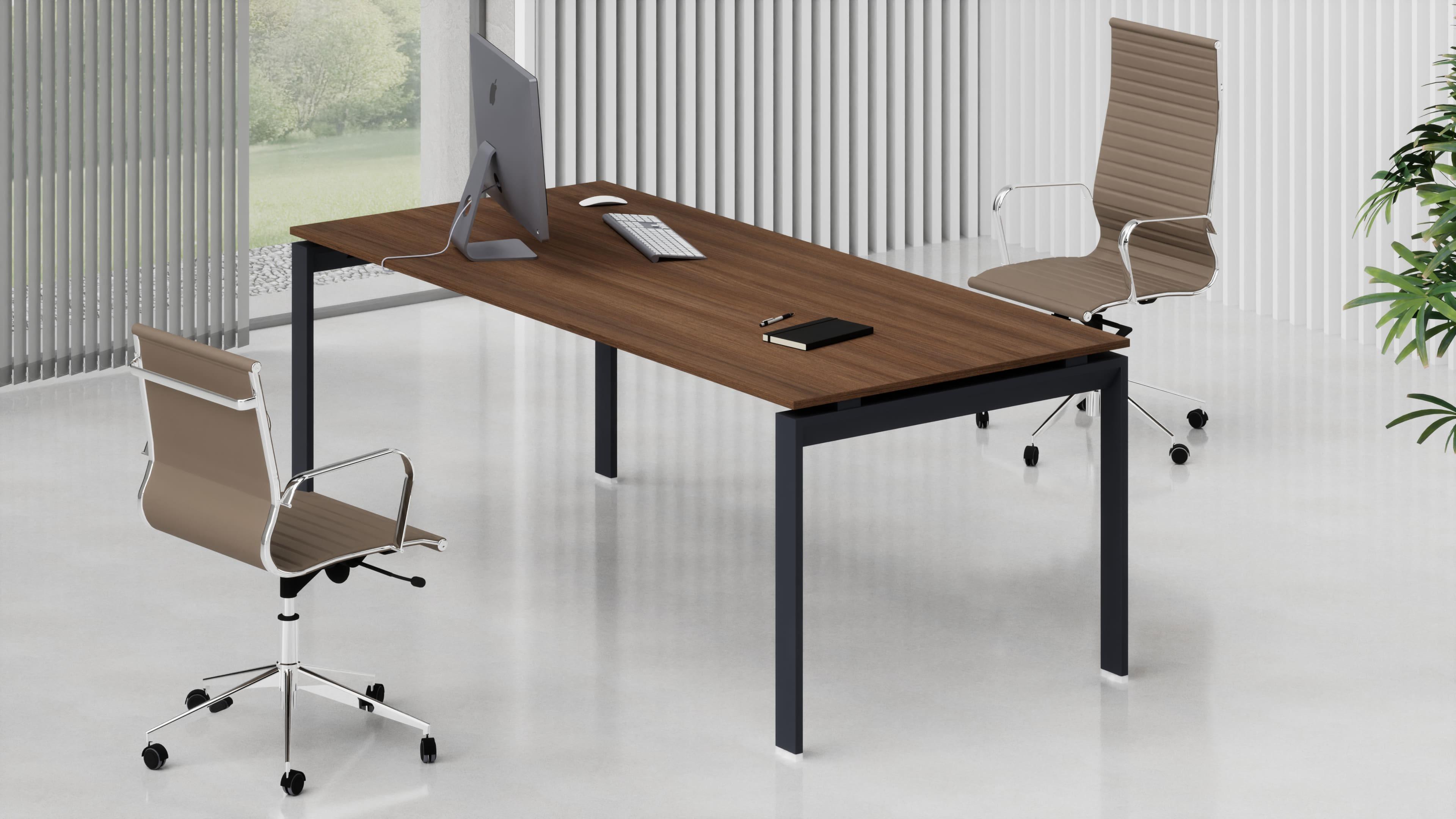 Scrivania ufficio direzionale SCACCO L.180/200 piano legno gambe metalliche a ponte