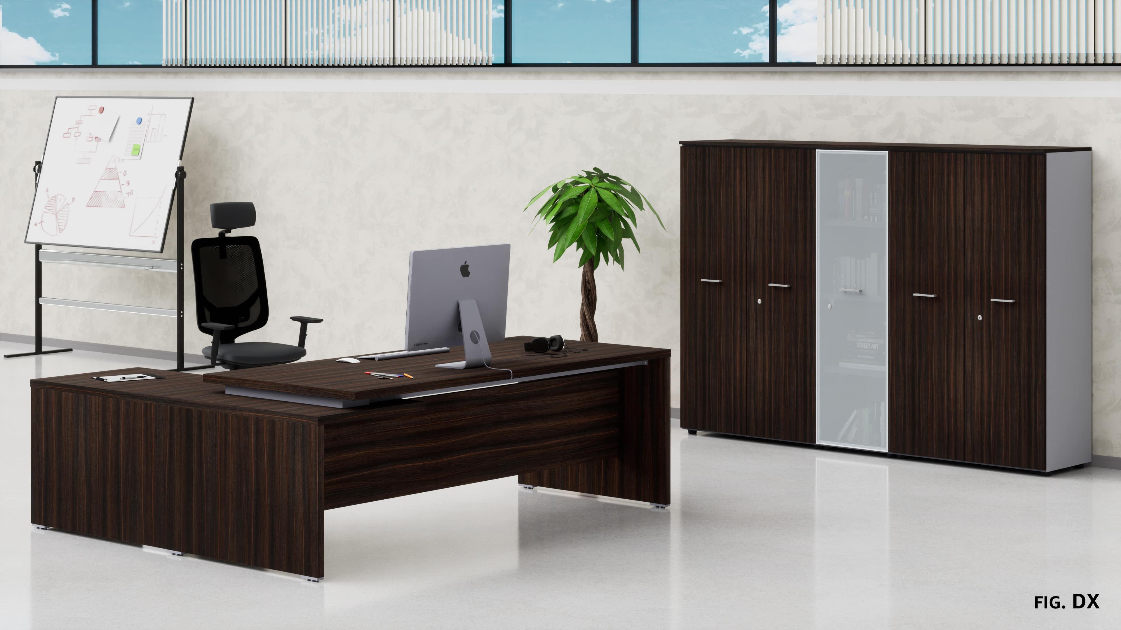 Uffici direzionali BETA scrivania con allungo ribassato, cassettiera e contenitori universali medi